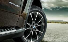 BMW X5, F15, generasi ke-3 yang semakinbesar.