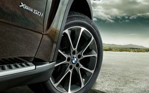 BMW-X5_wallpaper_1920x1200-Nr.15